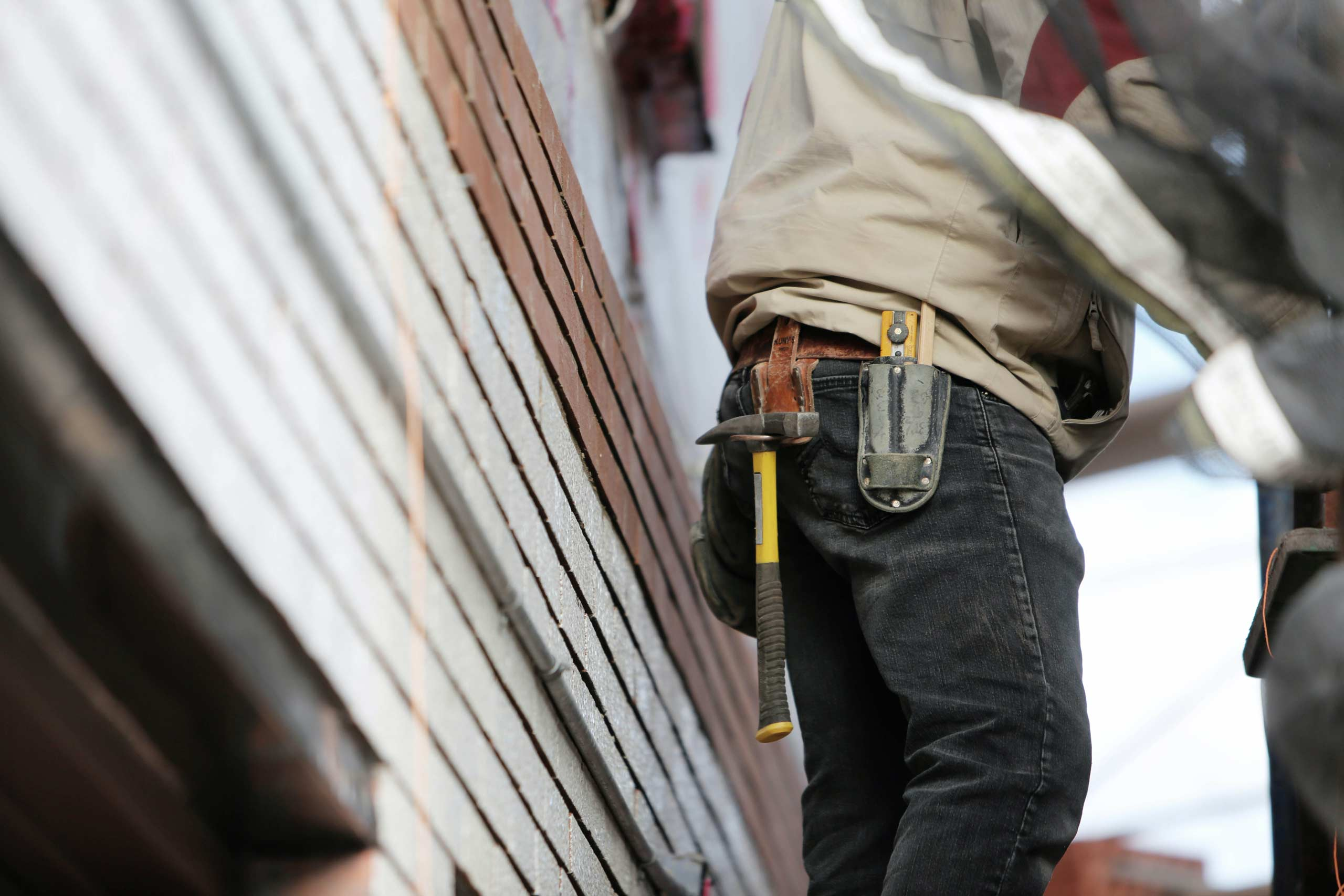 "How to avoid ""cowboy"" builders"